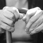 Opieka nad osobą starszą – o czym pamiętać?